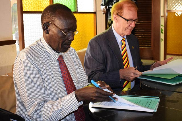 Better Globe Forestry signs an MoU with a farmer's association of over 7,000 farmers